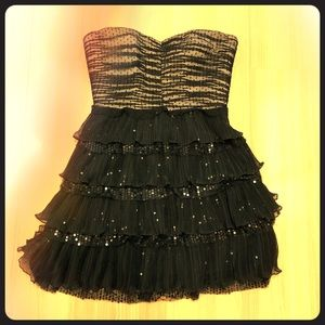 Extra cute and sparkly Nine West strapless dress